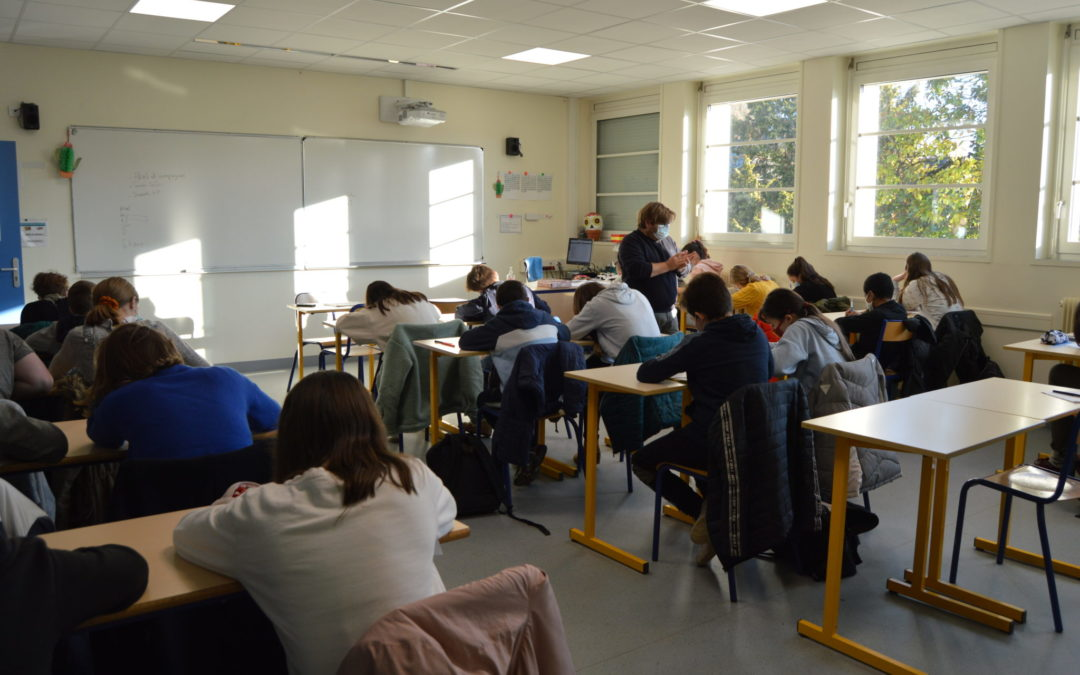 Venue de Sylvain Levey au collège.
